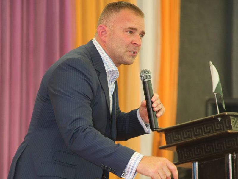 Evangelist Jeffrey Battles